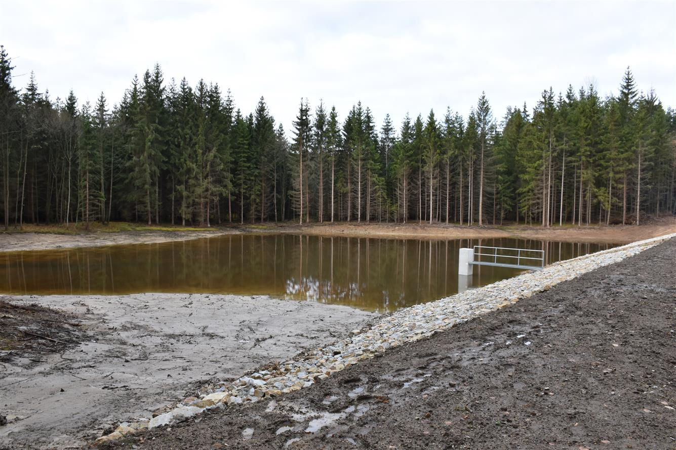 pisek rybník